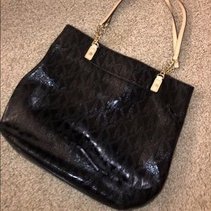 Michael kors purse still good condition